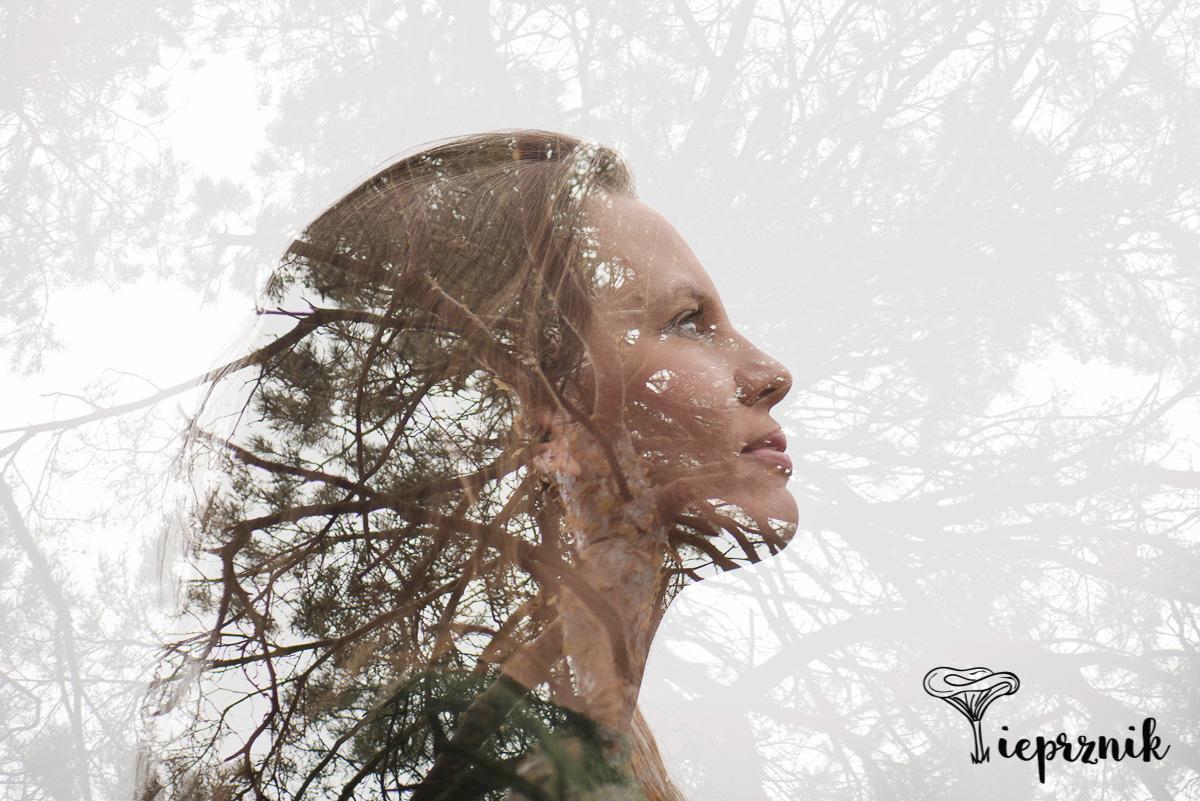 Głowa pełna lasu