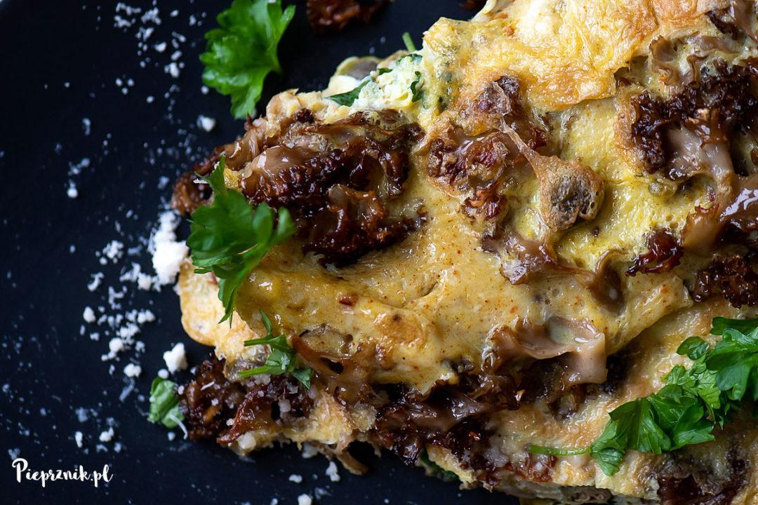 Omlet z siedzuniem sosnowym